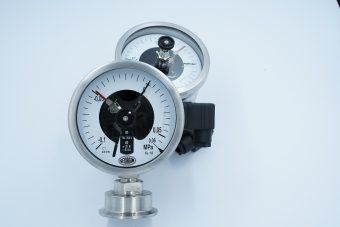 Đồng hồ áp suất màng